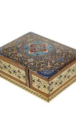 جعبه چوبی خاتم کاری شده با نقاشی تذهیب