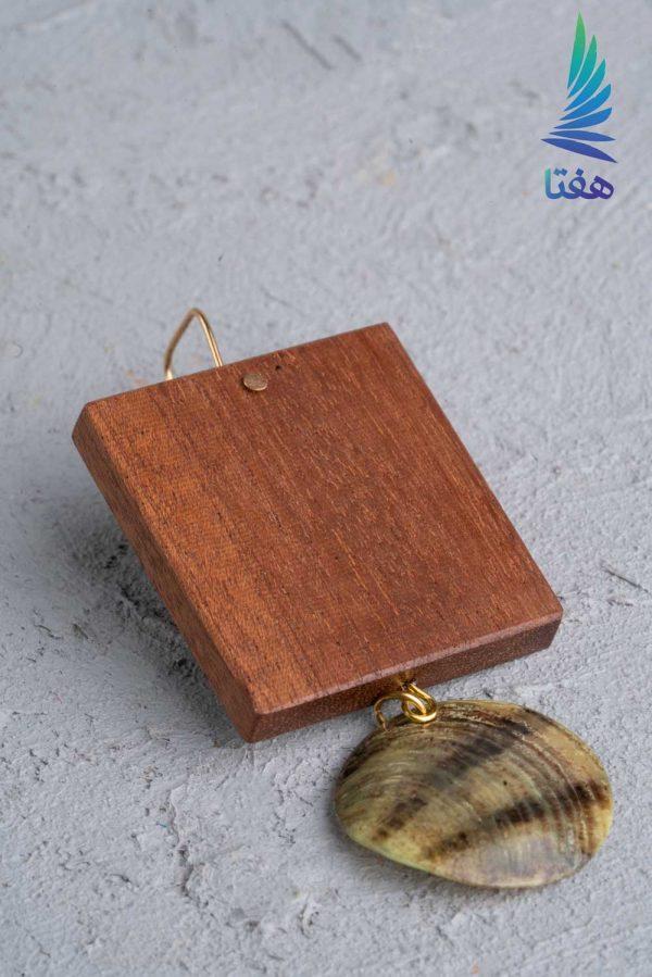 گوشواره چوبی